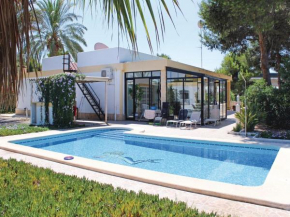 Four-Bedroom Holiday home Crevillente with an Outdoor Swimming Pool 06