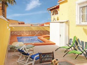 Two-Bedroom Holiday home San Fulgencio with an Outdoor Swimming Pool 08
